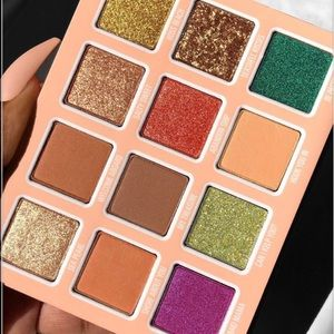 Kylie Cosmetics Makeup - 💦New Kylie Cosmetics Summer Eyeshadow Palette💦